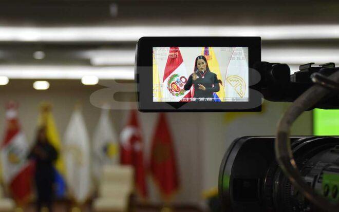 CCTV-Parlamento-andino-3