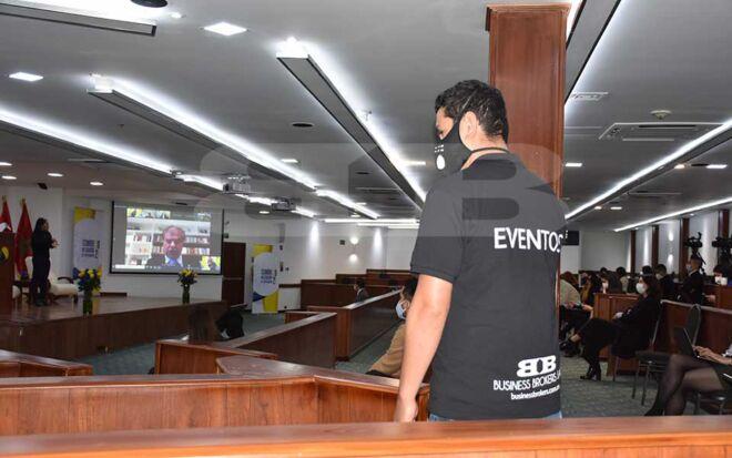 CCTV-Parlamento-andino-4